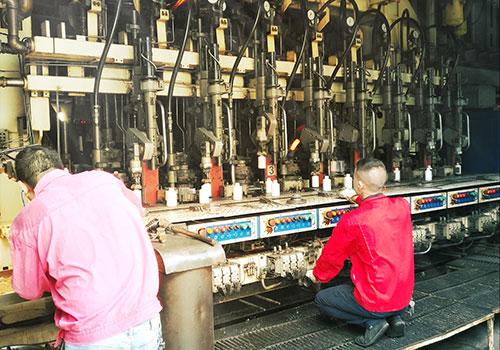白千亿体育客服的烤花工艺是生产工艺中重要环节